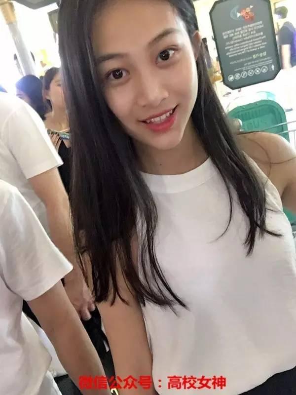 北京体育大学女神谢玛丽,清纯耐看,军训照也很美!