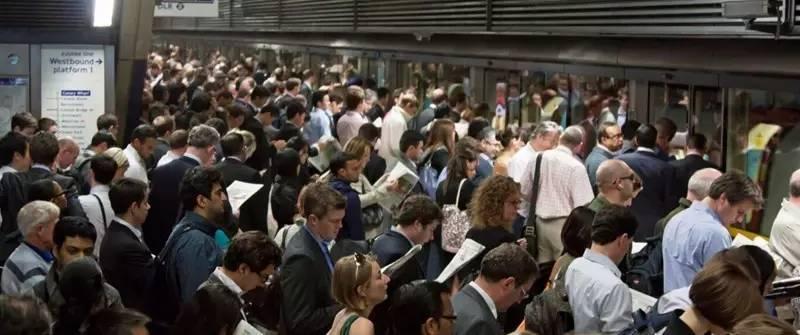 图揭全球最拥挤城市 密密麻麻全是人