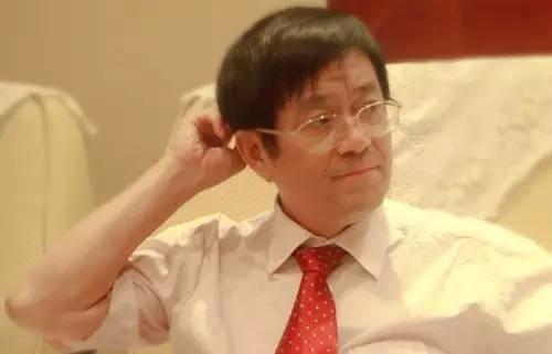 据悉,谢百三教授08年已身患鼻咽癌.