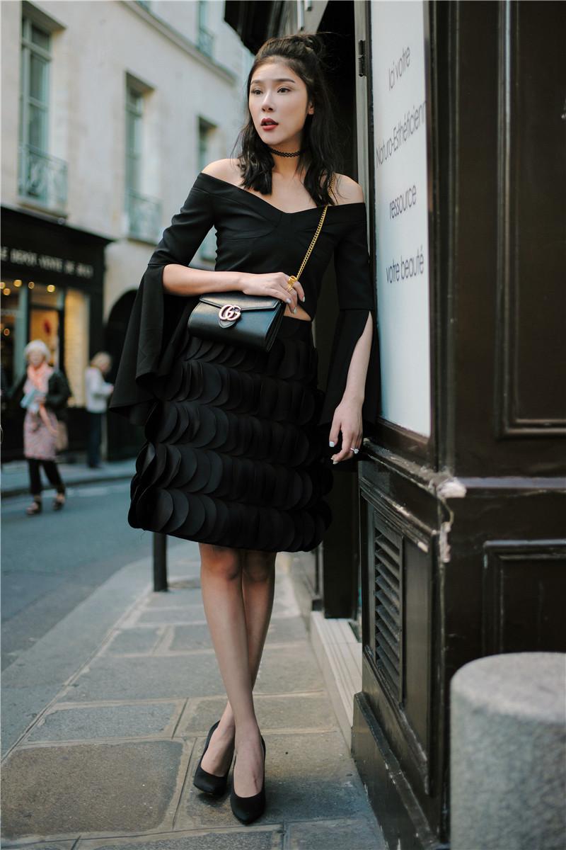 赵雅淇街拍巴黎时装周可爱丸子头a时装俏皮怎么表情苹果包加头像拍照图片