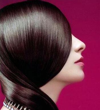 美女背影手绘头发