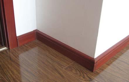 但是家里踢脚线的颜色该如何搭配呢?