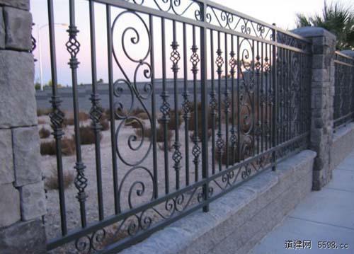 铁艺护栏效果图装修设计师如何收费标准图片