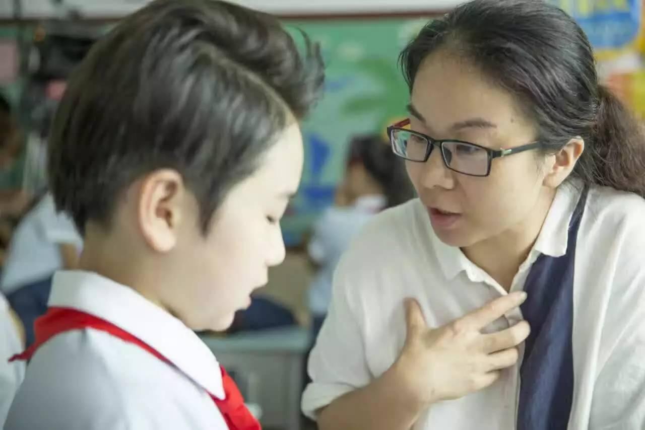 年级男一号的扮演者郑子寒,是温州市百里路小学五剧中年仅,学生11岁保利万和电影院图片