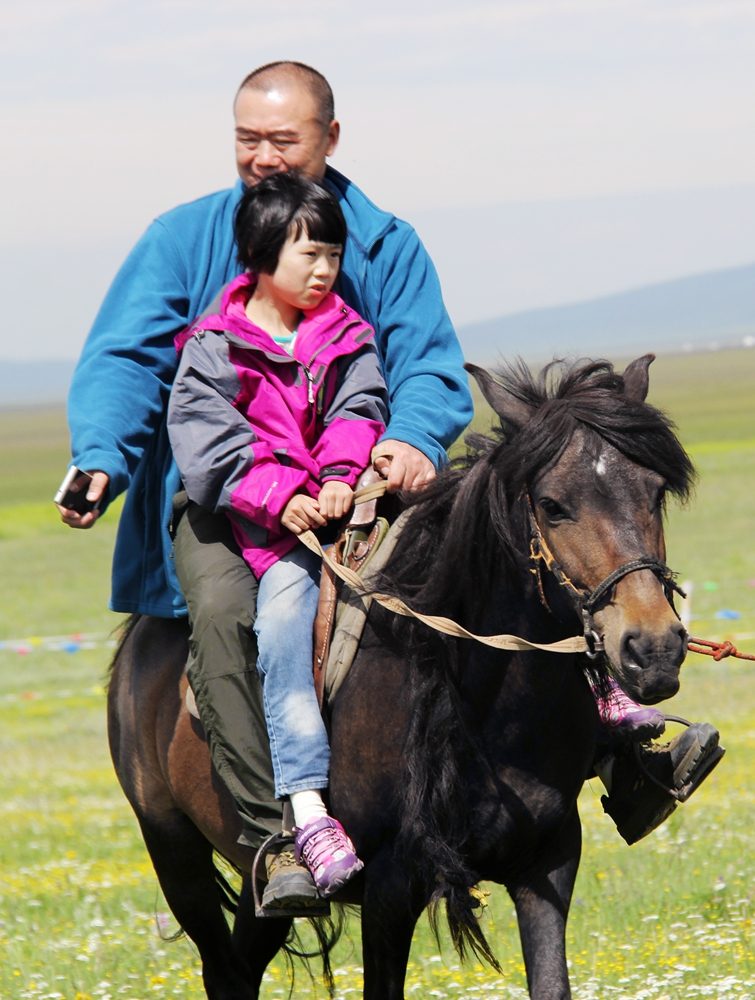 若尔盖:少年当跑马,人生须狂欢 - 行者绿豆 - 陌路如花