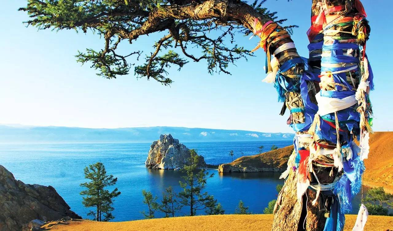 如果说贝加尔湖是西伯利亚的明珠,奥利洪岛就是这颗明珠的心脏 胡日