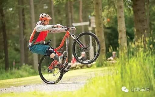 十个随处可练的山地车骑行技巧图片