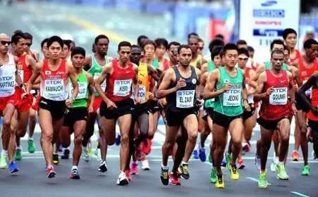 拉松了,   感觉好厉害的样子,   搞得自己也好想去跑跑看呢~   会不自