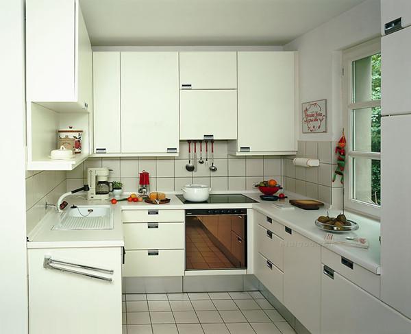新都装修设计公司分享简约小户型厨房装修效果图
