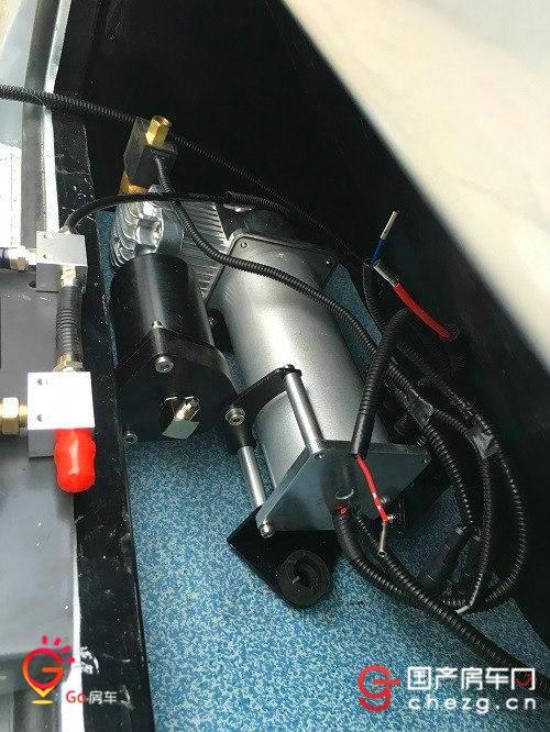 气泵带自动过滤干燥功能,免维护.图片
