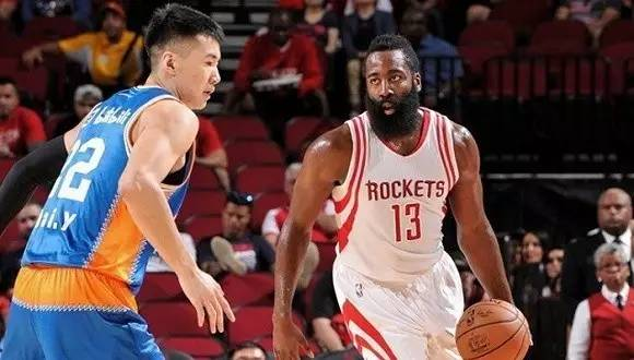 """姚老板的球队改名为""""上海哔哩哔哩篮球队"""",开一下"""""""