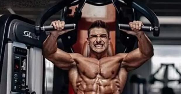 """在健身房怎么显得很牛逼"""""""