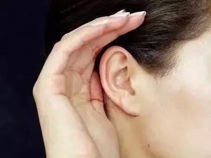 """艾灸耳穴10分钟,等于做一次全身中医推拿!建议收"""""""