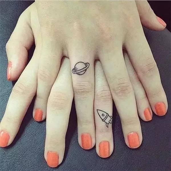 属于闺蜜间的28款迷你纹身图案!