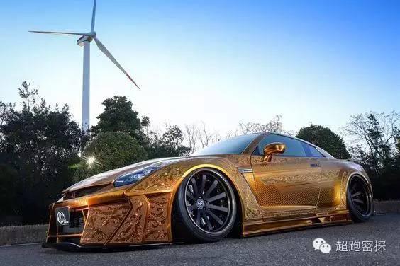全球首辆镀金gtr跑车,人工浮雕18k纯金,奢华无比