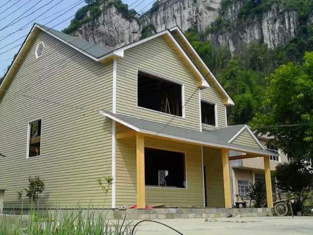 海归女青年30万自建高品质木屋