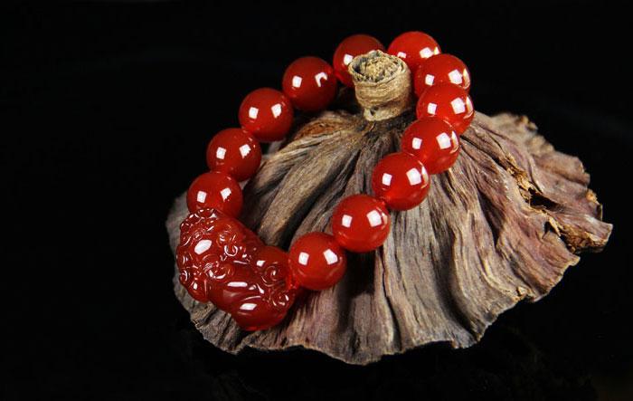 开光红玛瑙貔貅手链