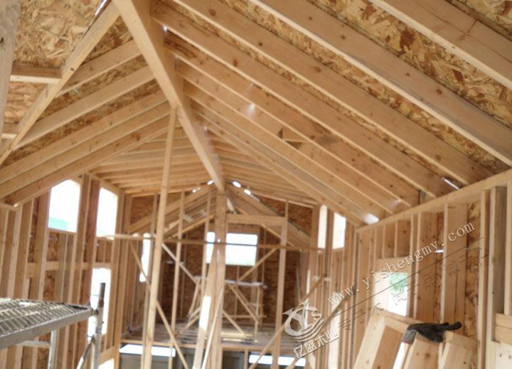 移动木屋房车别墅内部结构 ●移动木屋房车别墅整体基本成形
