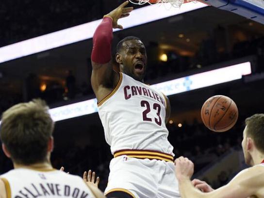 """ESPN专家:詹姆斯MVP、爵士50胜、热火摆烂"""""""