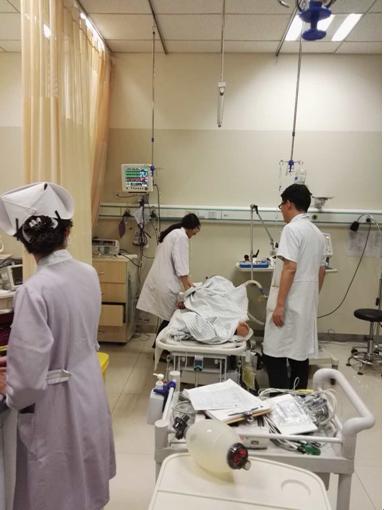 """28岁年轻女子心跳呼吸骤停 德济医院急救化险为夷"""""""