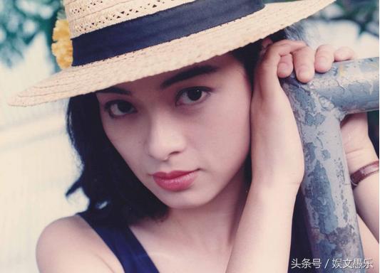 """猛顶小花蕊-刘锦玲曾凭借着《天龙八部》中饰演""""阿朱""""红极一时,然而就在事业"""