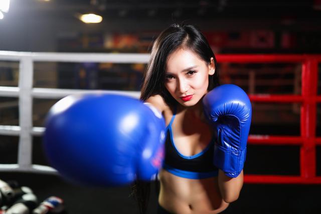 美国拳击宝贝图片