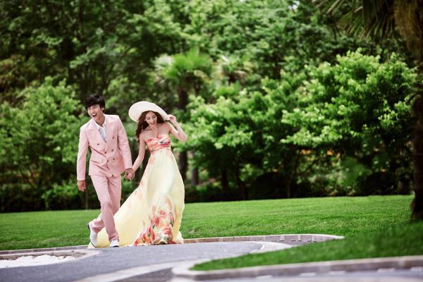 公园婚纱照_周浦公园婚纱照