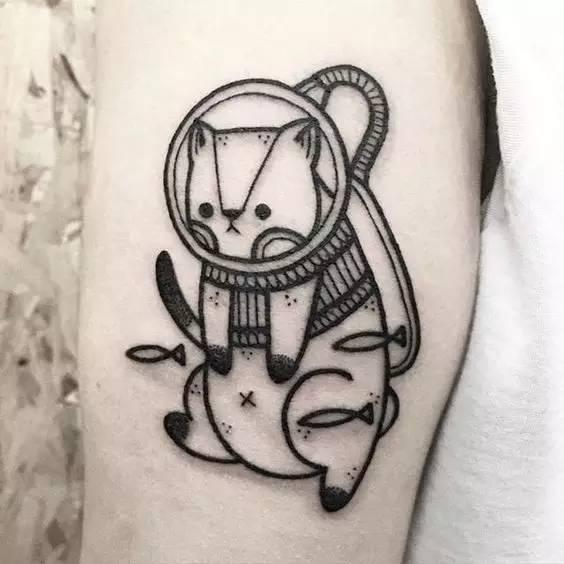 new school 猫纹身赏析