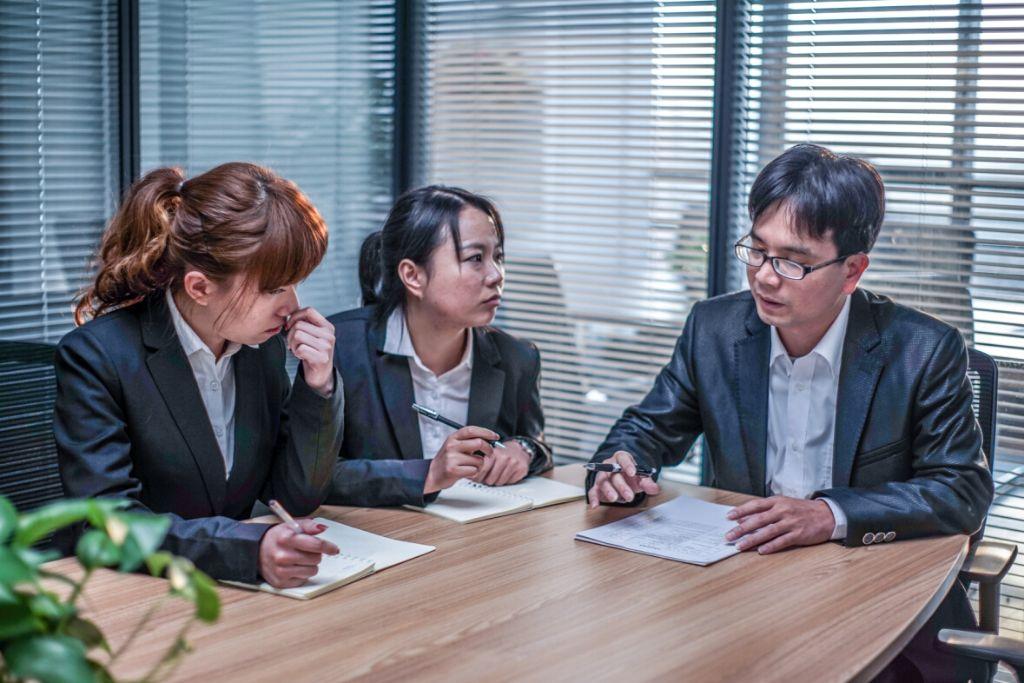 中山市水雨轩功夫茶具有限公司 客户评语: 广东广瀚律师事务所不仅在