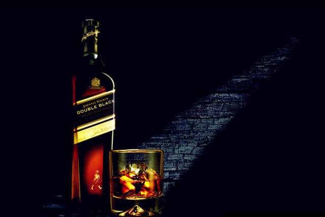 尊尼获加威士忌