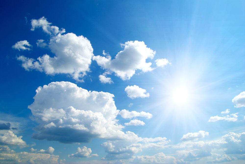 难道冬天的太阳就不是太阳了?阳光里会伤害皮肤的主要物质就是紫外线.