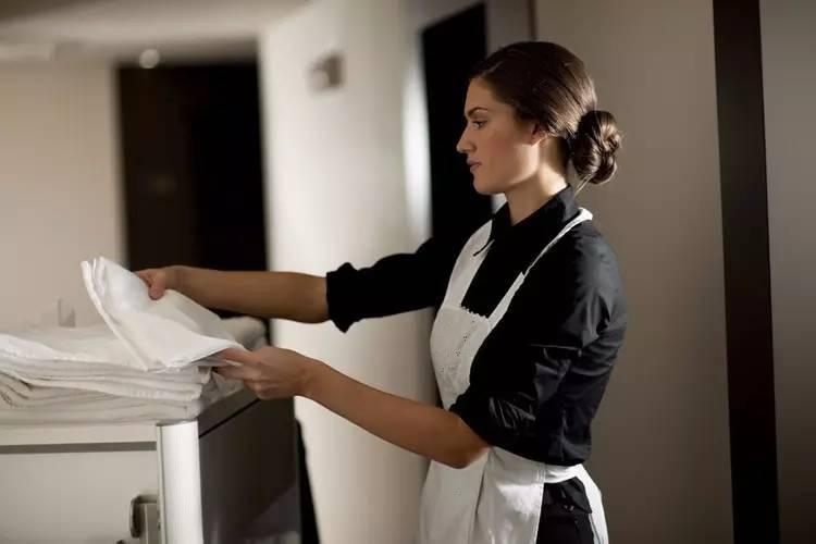 酒店管理者,如何处理上下级关系?
