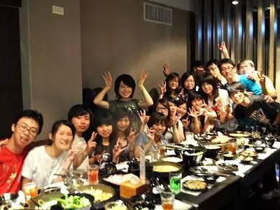 这套同学聚会照片,瞬间刷爆朋友圈… - 36D小女人 - 紫云英草籽_红花草草籽