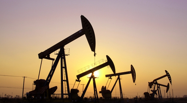"""慧茹析金:OPEC冻产或""""流产""""美联储轮番轰炸加息引爆油气银"""