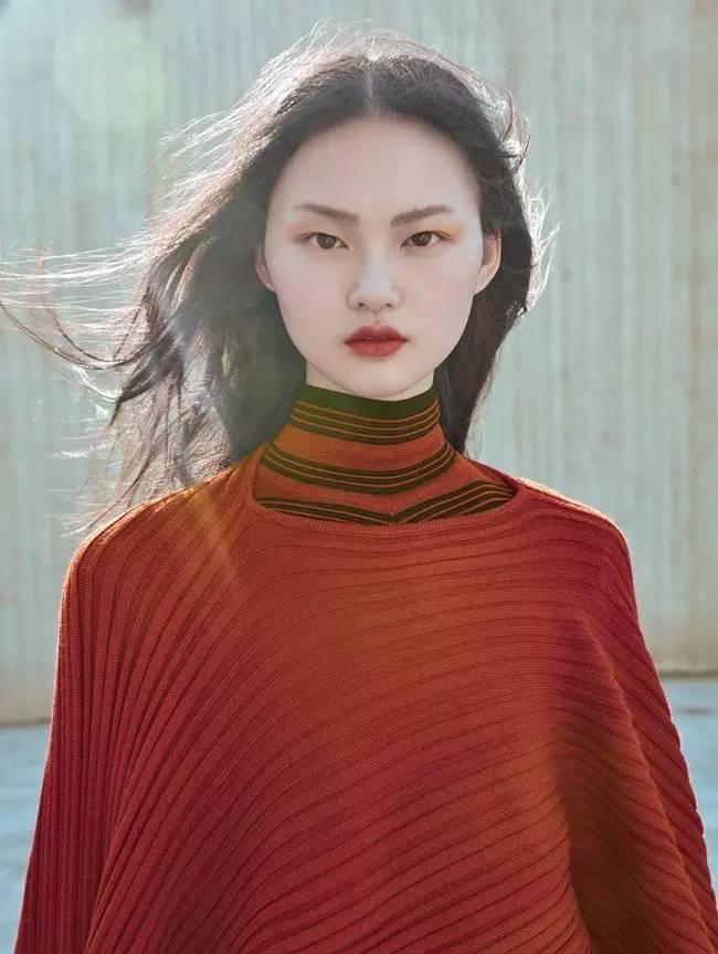 亚洲成-人色情网_戴文·青木丨这种亚洲丑脸,我希望能永远流行下去