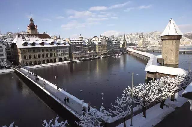 冰雪家园_凭什么成为欧洲皇室的后花园?