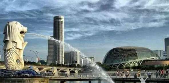 """新加坡崩盘告诉你什么叫""""三十年河东三十年河西"""""""
