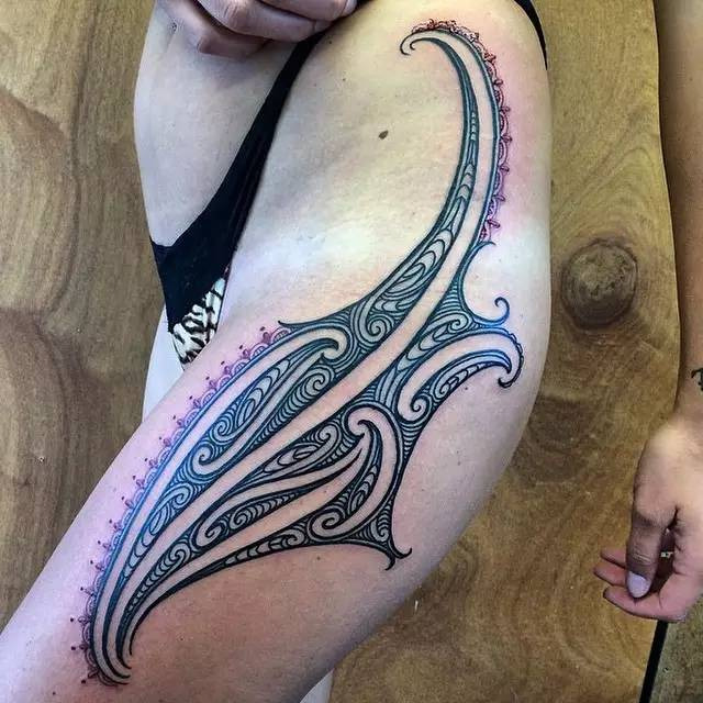 想到女人纹部落纹身是那么的好看图片