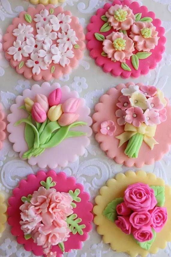 幼儿园做的手工花儿饼干