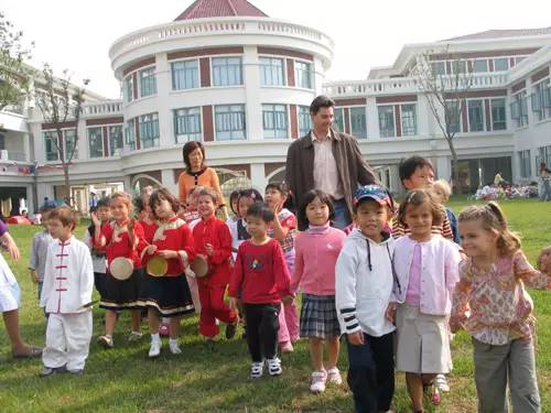 上海各学校学费排名出炉!10大贵族学校竟然是