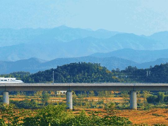 最美沪昆高铁11.30通车,云南终究能够说走就走
