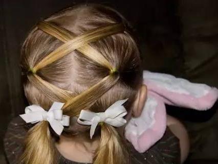 就是可以给女儿扎漂亮的发型