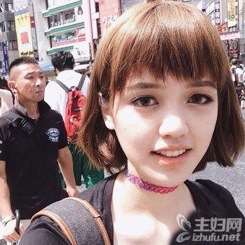 眉上短刘海+短发 萌萌哒时髦又洋气
