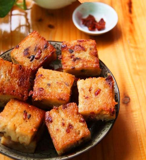 零廚藝都能做出金黃焦脆,廣式臘味蘿卜糕!