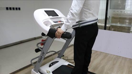 首款阿里智能跑步机亿健精灵ELF深度评测
