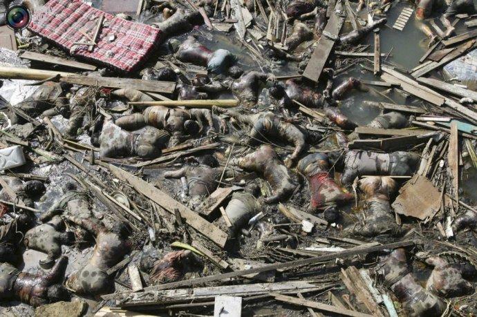 印度洋海啸,也称为南亚海啸,发生在2004年12月26日,这次地震发生的