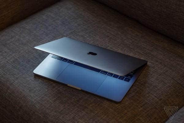 MacBook Pro评测:更强性能、更便携、更多转换器的照片 - 3