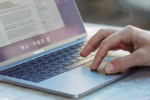 MacBook Pro评测:更强性能、更便携、更多转换器的照片 - 6