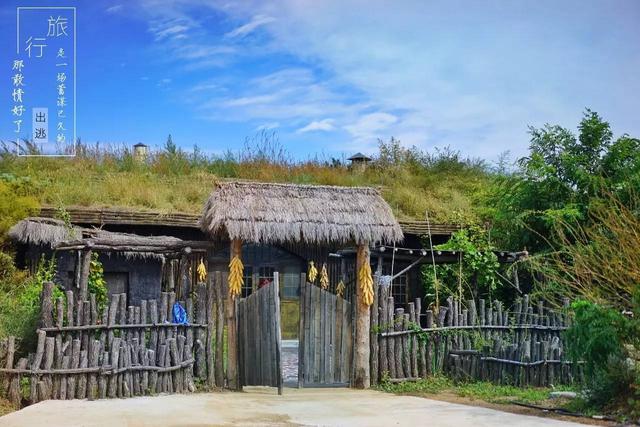密云鲜为人知的三国风情的茅庐农庄,仙居谷小木屋