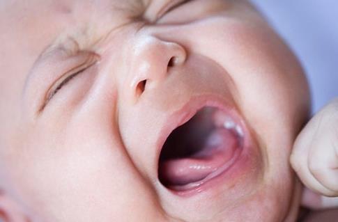 2月大婴儿感冒症状